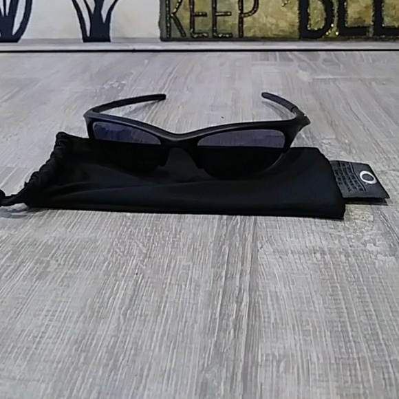 1d3d49c5893 Oakley SI Half Jacket Black frame 11-074. M 5b4785e4bb7615f8dc2757af